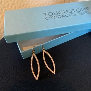 Touchstone Swarovski crystal/Rose Gld look earring
